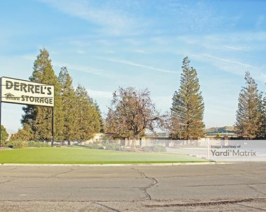 Storage Units for Rent available at 2936 China Grade Loop, Bakersfield, CA 93308 Photo Gallery 1