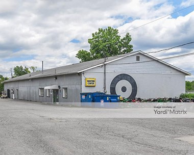 Storage Units for Rent available at 2319 Pearl Road, Medina, OH 44256 Photo Gallery 1