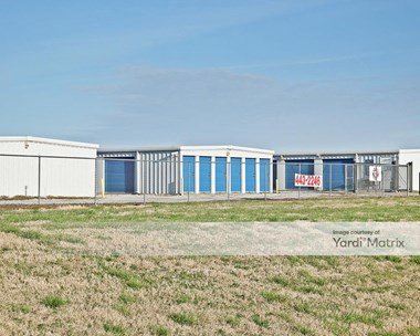 Storage Units for Rent available at 6906 Tubelo Avenue, Oologah, OK 74053 Photo Gallery 1