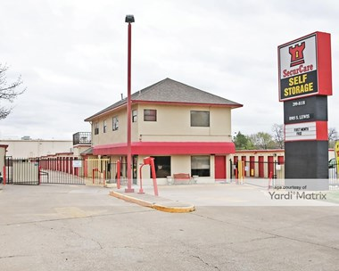 Storage Units for Rent available at 8905 South Lewis Avenue, Tulsa, OK 74137 Photo Gallery 1