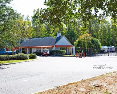 Storage Units for Rent available at 2363 Ashley River Road, Charleston, SC 29414 Photo Gallery 1
