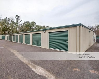 Storage Units for Rent available at 1055 Beech Hill Road, Summerville, SC 29485 Photo Gallery 1