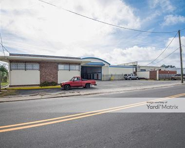 Storage Units for Rent available at 2143 Heriot Street, Charleston, SC 29403 Photo Gallery 1