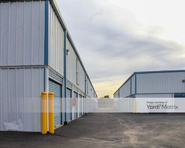 Storage Units for Rent available at 100 Upper Silver Lake Road, Newtown, PA 18940 Photo Gallery 1