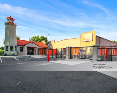 Storage Units for Rent available at 612 Haddonfield Berlin Road, Voorhees, NJ 08043 Photo Gallery 1