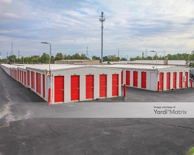 Storage Units for Rent available at 1050 Ridge Road, Claymont, DE 19703 Photo Gallery 1