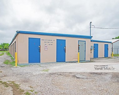 Storage Units for Rent available at 3801 Morgan Avenue, Corpus Christi, TX 78405 Photo Gallery 1