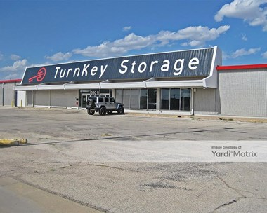 Storage Units for Rent available at 350 North Midland Drive, Midland, TX 79703 Photo Gallery 1