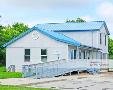 Storage Units for Rent available at 415 North Maple Road, Ann Arbor, MI 48103 Photo Gallery 1
