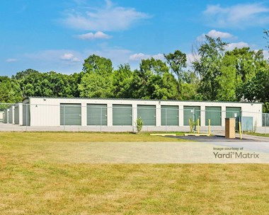 Storage Units for Rent available at 2537 Shirley Drive, Jackson, MI 49202 Photo Gallery 1