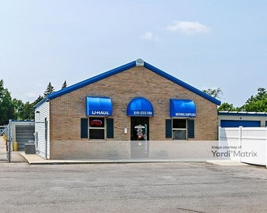 Storage Units for Rent available at G4480 Fenton Road, Flint, MI 48507 Photo Gallery 1