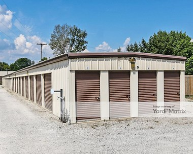 Storage Units for Rent available at 14203 South Custer, Dundee, MI 48131 Photo Gallery 1