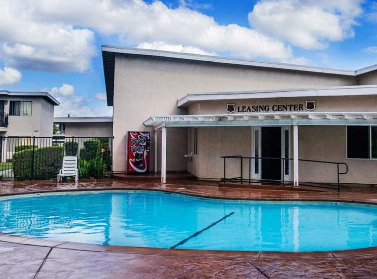 Clovis Courtyard Pool