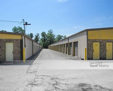 Storage Units for Rent available at 8118 Tom Drive, Baton Rouge, LA 70815 Photo Gallery 1