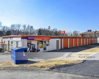Storage Units for Rent available at 1412 Central Court, Hermitage, TN 37076 Photo Gallery 1