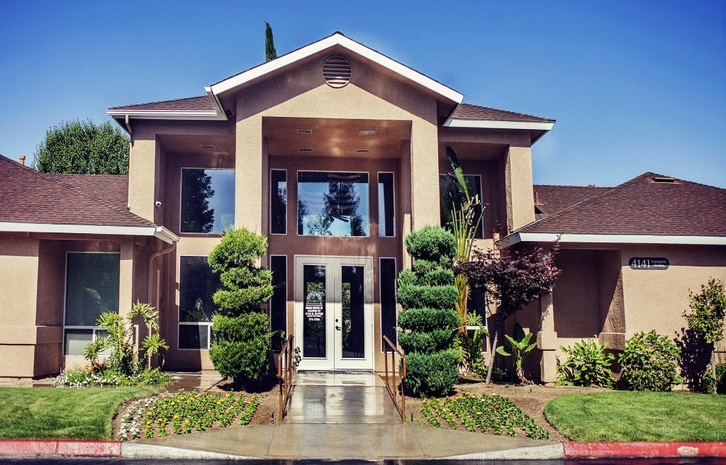 Stonegate Apartments | Apartments in Fresno, CA
