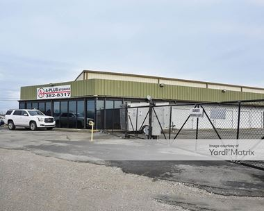 Storage Units for Rent available at 2758 17th Avenue Connector, Springfield, TN 37172 Photo Gallery 1