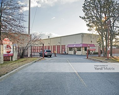 Storage Units for Rent available at 3220 Horseblock Road, Medford, NY 11763 Photo Gallery 1