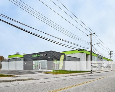 Storage Units for Rent available at 2525 Long Beach Road, Oceanside, NY 11572 Photo Gallery 1