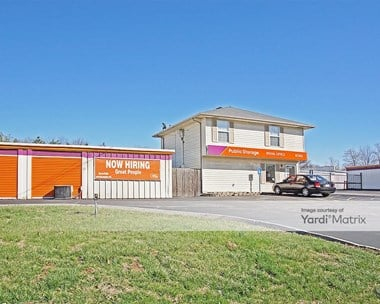 Storage Units for Rent available at 2956 North Lindbergh Blvd, Saint Ann, MO 63074 Photo Gallery 1