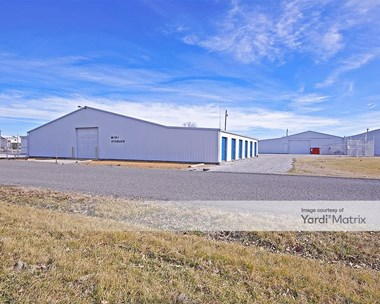 Storage Units for Rent available at 100 Hamel Avenue, Hamel, IL 62046 Photo Gallery 1