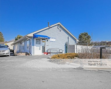 Storage Units for Rent available at 15909 Pacific Street, Omaha, NE 68118 Photo Gallery 1