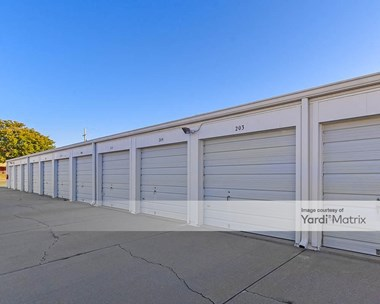 Storage Units for Rent available at 707 West 6Th Street, Papillion, NE 68046 Photo Gallery 1