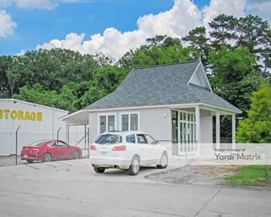 Storage Units for Rent available at 14015 Florida Blvd, Baton Rouge, LA 70819 Photo Gallery 1