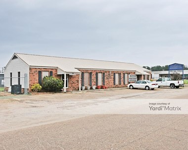Storage Units for Rent available at 515 North Bierdeman Road, Pearl, MS 39208 Photo Gallery 1