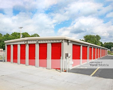 Storage Units for Rent available at 1350 Orlen Avenue, Cuyahoga Falls, OH 44221 Photo Gallery 1