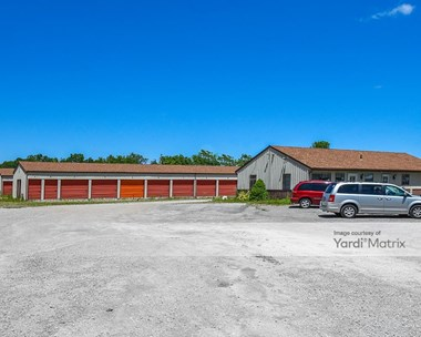 Storage Units for Rent available at 6187 Lake Avenue, Elyria, OH 44035 Photo Gallery 1