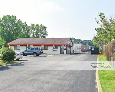 Storage Units for Rent available at 11395 Brookpark Road, Parma, OH 44130 Photo Gallery 1