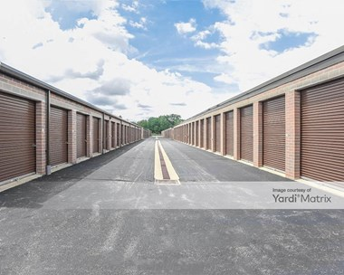 Storage Units for Rent available at 3990 Pearl Road, Medina, OH 44256 Photo Gallery 1