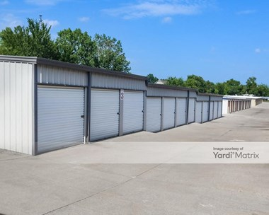 Storage Units for Rent available at 2861 Oklahoma 66, Catoosa, OK 74015 Photo Gallery 1