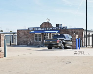 Storage Units for Rent available at 12521 North Garnett Road, Collinsville, OK 74021 Photo Gallery 1