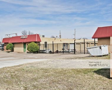 Storage Units for Rent available at 609 North Walnut Avenue, Broken Arrow, OK 74012 Photo Gallery 1