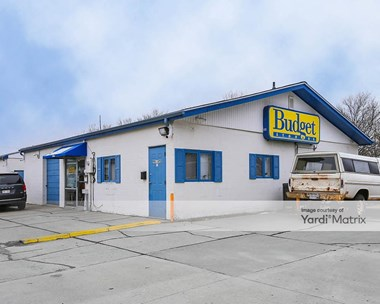 Storage Units for Rent available at 1801 Pioneers Blvd, Lincoln, NE 68502 Photo Gallery 1
