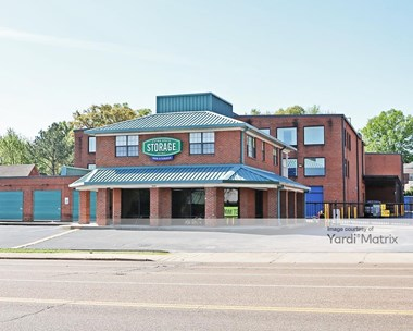 Storage Units for Rent available at 2939 Poplar Avenue, Memphis, TN 38111 Photo Gallery 1