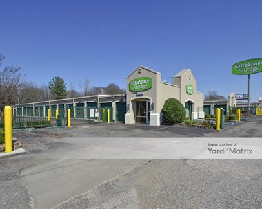 Storage Units for Rent available at 1880 Titus Road, Memphis, TN 38111 Photo Gallery 1