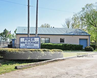Storage Units for Rent available at 680 Piper Street, Collierville, TN 38017 Photo Gallery 1