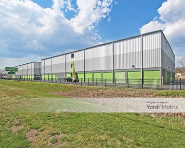 Storage Units for Rent available at 3200 NJ-37, Toms River, NJ 08753 Photo Gallery 1