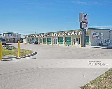 Storage Units for Rent available at 2301 Rodd Field Road, Corpus Christi, TX 78414 Photo Gallery 1