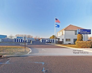 Storage Units for Rent available at 1515 Washington Avenue, Neptune Township, NJ 07753 Photo Gallery 1