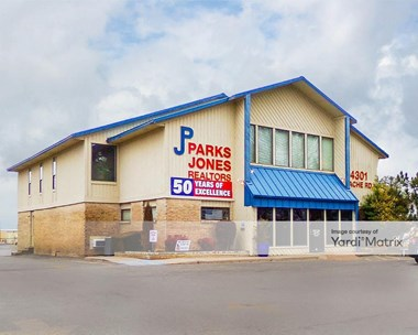 Storage Units for Rent available at 4301 NW Cache Road, Lawton, OK 73505 Photo Gallery 1