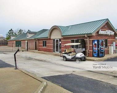 Storage Units for Rent available at 321 South Cemetery Road, Yukon, OK 73099 Photo Gallery 1