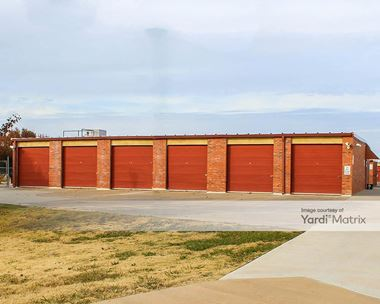Storage Units for Rent available at 8521 NW Expressway, Oklahoma City, OK 73162 Photo Gallery 1