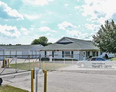 Storage Units for Rent available at 3189 Keewahdin Road, Fort Gratiot, MI 48059 Photo Gallery 1