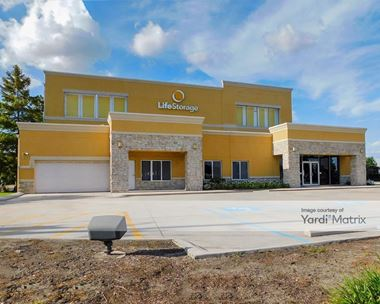 Storage Units for Rent available at 3812 Lapalco, Harvey, LA 70058 Photo Gallery 1