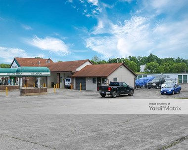 Storage Units for Rent available at 60401 County Road 687, Hartford, MI 49057 Photo Gallery 1