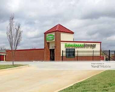 Storage Units for Rent available at 11033 Quail Creek Road, Oklahoma City, OK 73120 Photo Gallery 1